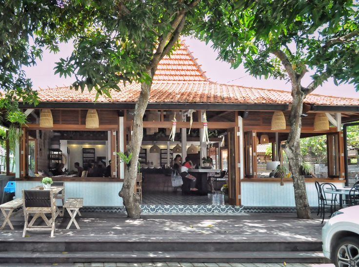 "Newbie in Canggu, a stylish interior ""warung-style"" café called Ulekan located in jalan Tegal Sari, Berawa. After years of experience behind the well-known Watercress and Milk & Madu, they nail…"