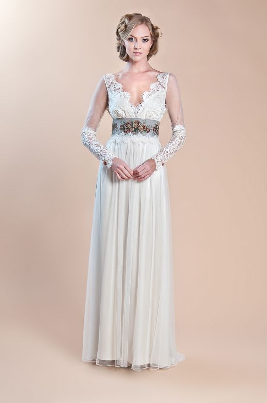 Hmmm ... something different ...    The Most Beautiful Long Sleeved Wedding Dresses from the 2013 Collections