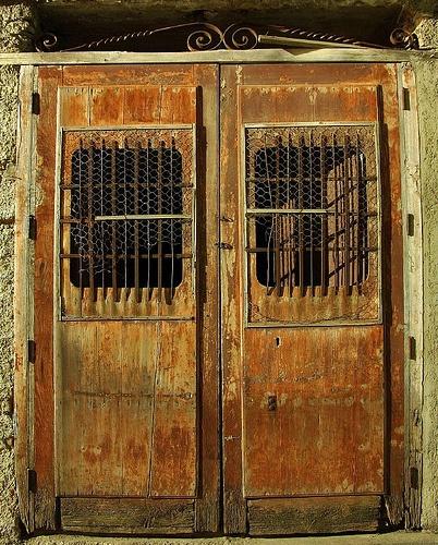 Creepy Door In Castroreale Doors Doors Vintage Doors
