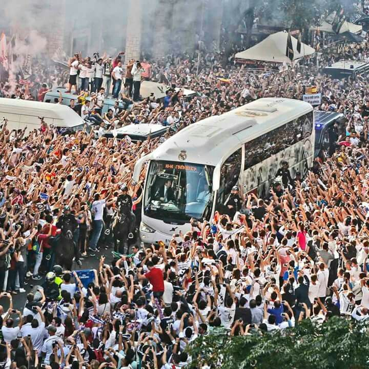 Real Madrid arrival to Bernabeu stadium