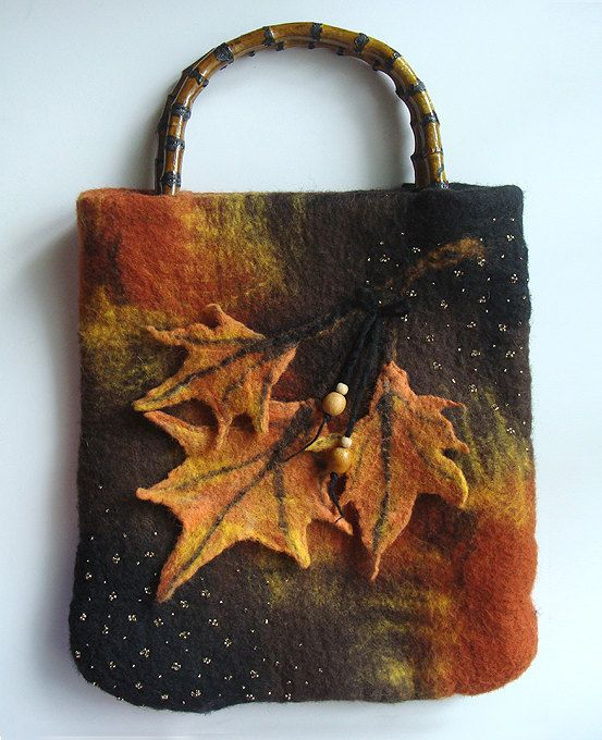Wool felted purse with leaves, Top Handle Bag, Wool Purse, Felted handbag, Autumn