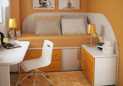 Model Warna Cat Terbaik untuk Desain Interior Kamar Kost 7 - Oranye Putih