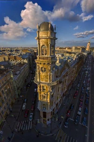 Пять углов.  Фото: Александр Петросян  |  Санкт-Петербург Live  |  facebook.com