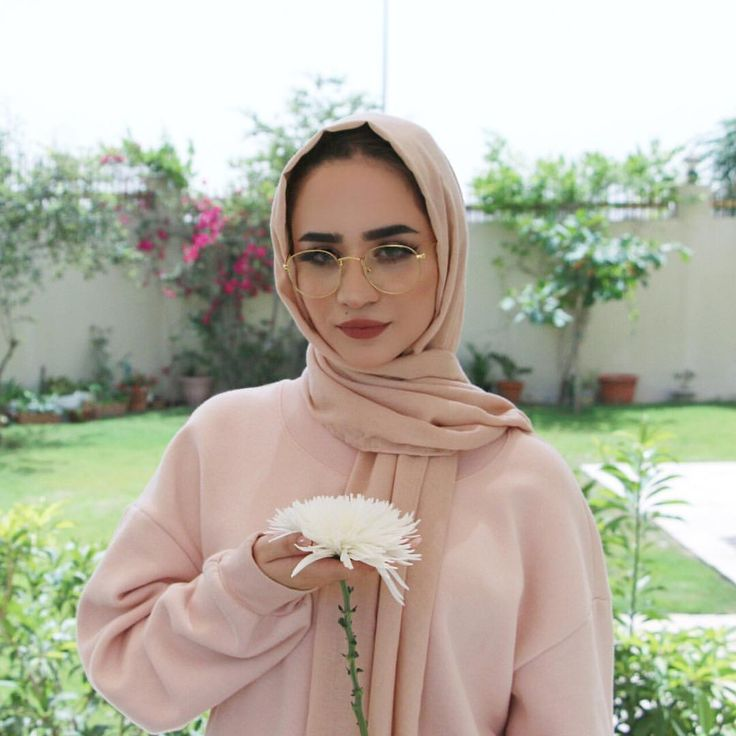 124.3k Followers, 840 Following, 114 Posts - See Instagram photos and videos from Jawaher Badr (@jawaherrbrr)