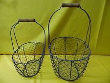 CHICKEN WIRE BASKET SET OF TWO METAL WIRE OVAL BASKETS WITH WOOD HANDLES *NEW*