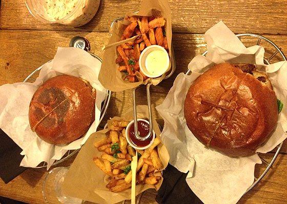 Hamburger Gourmet chez Blend : blindé et surestimé - Paris
