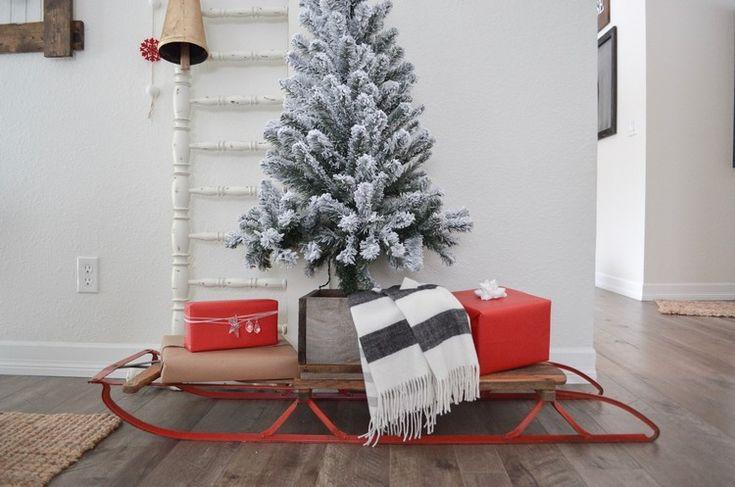 weihnachtsdeko ideen innen vintage schlitten geschenke #weihnachtsdeko #ideen #outside