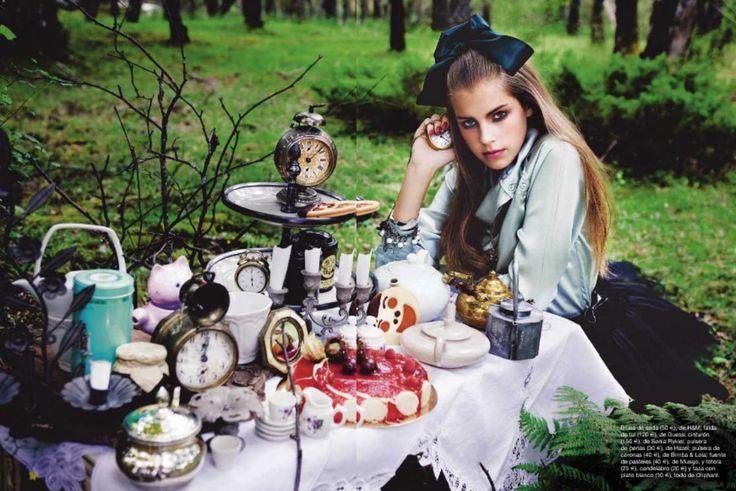alice in wonderland | ... Gorgeous Interpretations of Alice in Wonderland - My Modern Metropolis