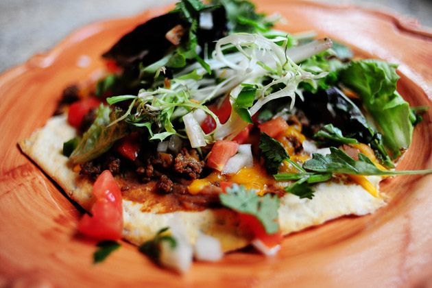 Mexican Flatbread Pizza (made from canned biscuit dough) 1 can Large Biscuits (non Flaky) (8 Biscuits Per Can)  1 whole Can (14.5 Ounce) Refried Beans  3 Tablespoons Salsa Or Picante Sauce  1-1/2 cup Grated Cheddar Cheese  Pico De Gallo  2 cups Browned Hamburger Meat, Seasoned  Shredded Iceberg Lettuce  3 Tablespoons Salsa  5 Tablespoons Sour Cream  Cilantro For GarnishWoman Cooking, Ree Drummond, Flatbread Pizza, The Pioneer Woman, Thepioneerwoman C, Woman Mexicans, Pioneer Woman Biscuit Bites, Mexicans Pizza, Mexicans Flatbread