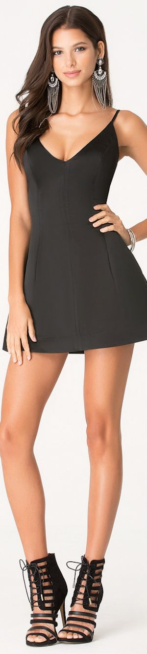 Black short #tight dress. women fashion @roressclothes closet ideas