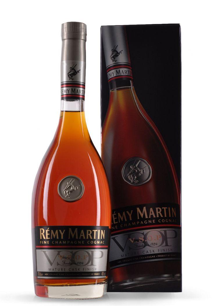 Cognac Remy Martin VSOP MCF (0.7L) - SmartDrinks.ro