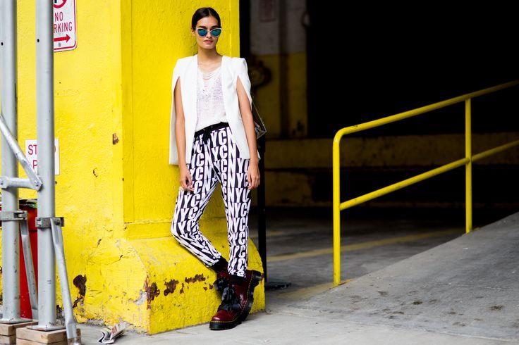 Gizele Oliveira at the NYFW - More #nyfw street style coming at you (Day 6) #brazilianmodel #gizeleoliveira #ragazzomgmt #model #beauty #streetstyle #agenciaragazzo #ss2015 #modelagency