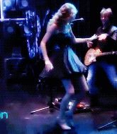 Awkward Taylor Swift Dancing. This is why I love her<<< THIS IS WHAT I LOOK LIKE WHEN I DANCE