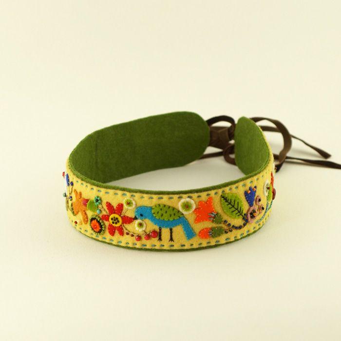 Embroidered headband by Elsa Mora.  Vincha bordada.