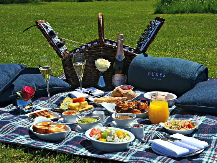 Time Out have taste tested the best picnic hampers in London so you can enjoy pre-packed picnics in London's best parks