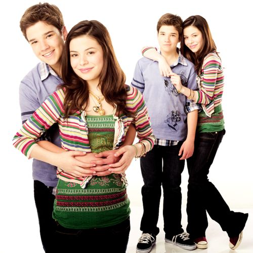who is dating miranda cosgrove