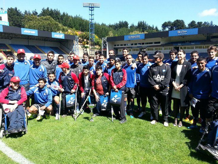 Teletón invita a jugadores de Huachipato a la campaña 2014