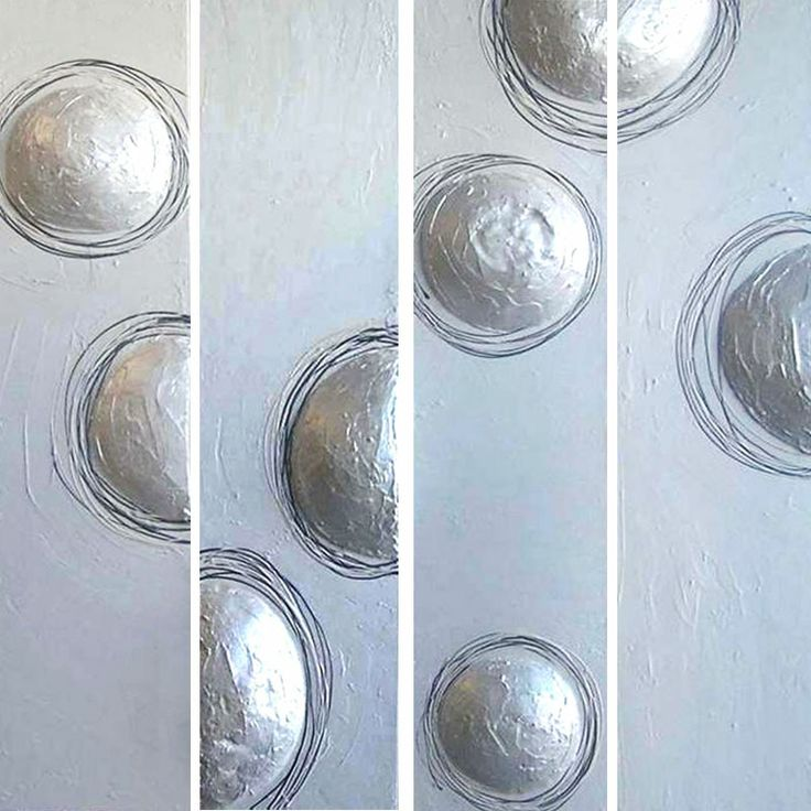 Pearly 3 D balls on canvas