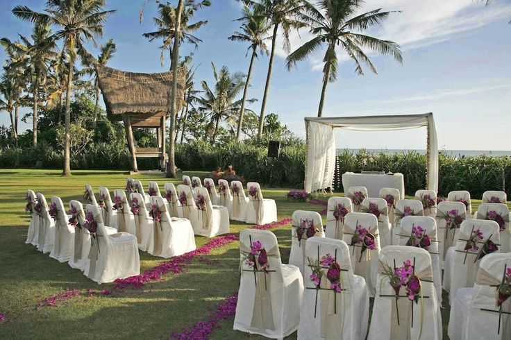 A Bali vip wedding organizer will provide many services. Each one important to a certain element of your wedding. A good Bali vip wedding organizer can mean the difference between your wedding just being good. To being great and something people will talk about for years to come.