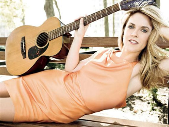 """Liz Phair- """"Why Can't I"""""""