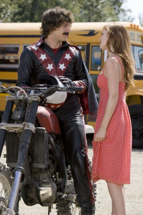 Still of Isla Fisher and Andy Samberg in Hot Rod (2007)