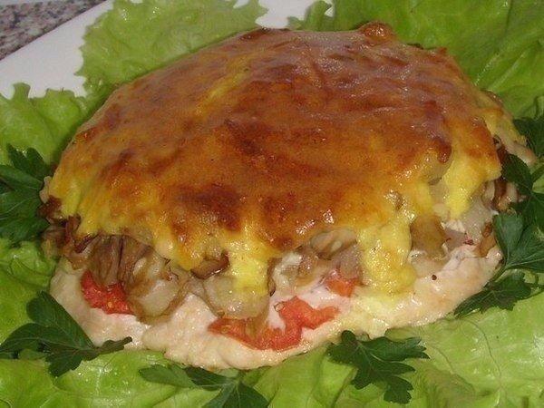 Мясо с грибами под нежной, хрустящей корочкой