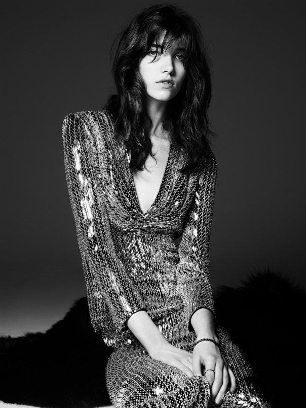 NOT FOR CLOTHES - FOR LIGHTING & STYLE OF PHOTO Saint Laurent