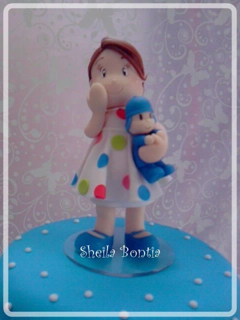 Cake Topper: litle girl with pocoyo