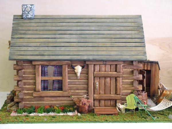 Log Cabin Dollhouse