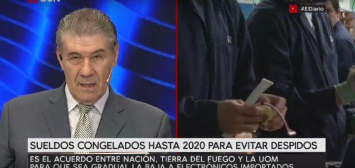 """Víctor Hugo Morales fue desvinculado de C5N, señal en la que conducía el noticiero de la tarde, El Diario. Así lo confirmó él mismo en su cuenta de Twitter. """"Previsible. Me comunicaron que me han DESPEDIDO de @C5N. Emocionadamente GRACIAS a todos dentro y fuera del canal que me regalaron 1 año y medio de felicidad profesional. ¡Viva la libertad de expresión!"""", escribió el periodista en la red social."""