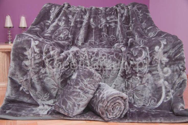 Szara narzuta na kanapę i fotele