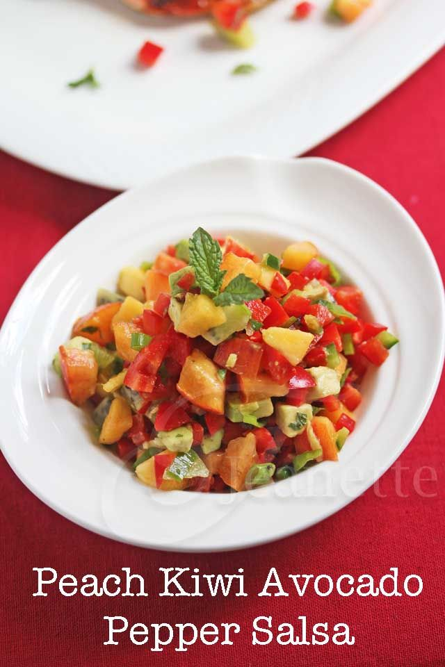 How to use peppers in salsas ~ Peach Kiwi Avocado Pepper Salsa © Jeanette's Healthy Living #summerfest