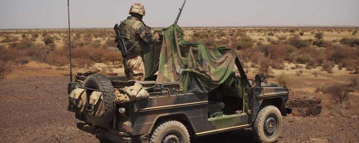 Un véhicule des forces françaises saute sur une mine au Mali - http://www.malicom.net/un-vehicule-des-forces-francaises-saute-sur-une-mine-au-mali/ - Malicom - Toute l'actualité Malienne en direct - http://www.malicom.net/