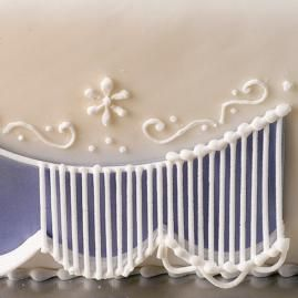 How to add a touch of elegance to your cakes with the Curtain technique.Cake Techniques, Baking Techniques, Royal Ice, Ice Curtains, Decor Techniques, Baking Ideas, Cake Decor, Curtains Tutorials, Curtains Techniques