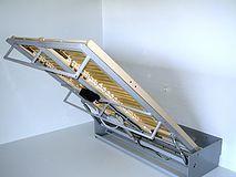 1000 id es sur le th me lits escamotables sur pinterest for Lit escamotable electrique plafond