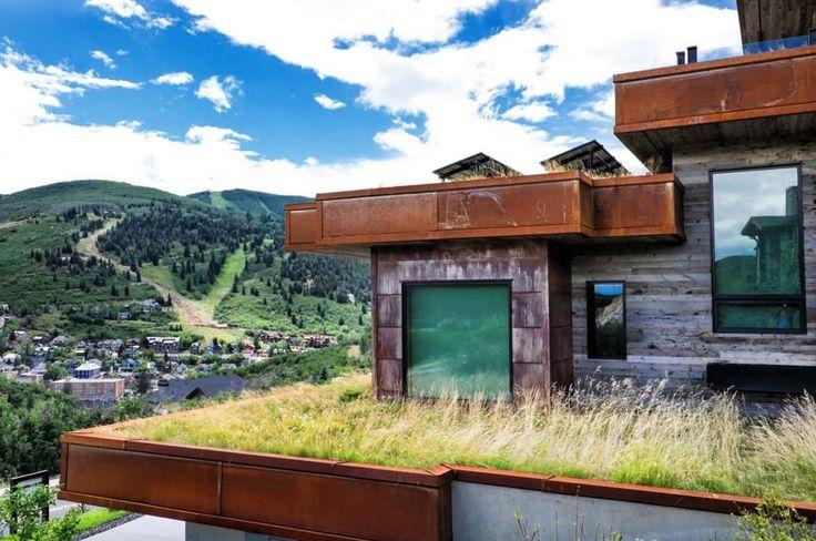 A Contemporary Yet Cozy Ski-town Getaway In Utah