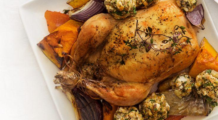 Gebraden kip uit oven met kruidenballetjes