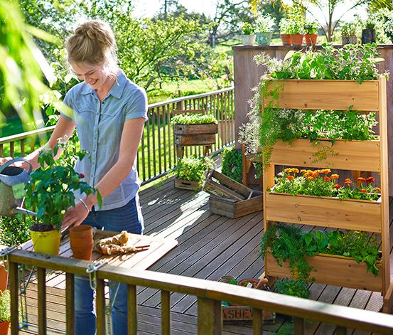 die besten 25 vertikalbeet ideen auf pinterest erdbeeren garten erdbeeren anbauen und. Black Bedroom Furniture Sets. Home Design Ideas