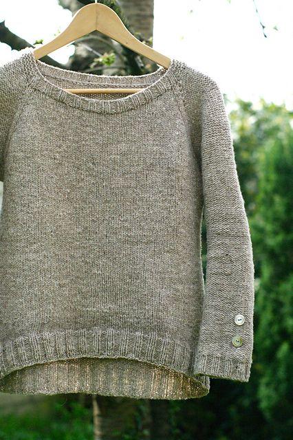Ravelry: Nuage pattern by Solenn Couix-Loarer: Knitting Sweaters, Knit Sweaters, Jumper Knitting Pattern, Knitting, Knitting Pattern Sweater, Sweater Knitting Patterns, Ravelry