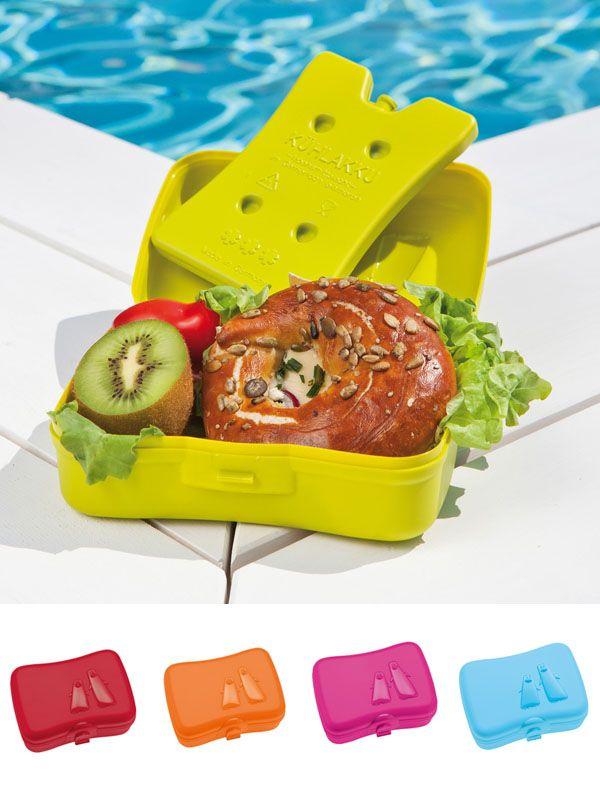 """Con """"Ping Pong Lunchbox"""" todo se mantiene fresco y sabroso, gracias su bolsa de hielo extraíble que se coloca en el congelador antes de su uso. Compañero práctico para la oficina, el colegio y para viajar. $9.900"""