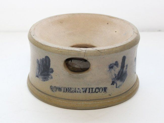 """Sold $250 UNUSUAL"""" SMALL SIZE SPITTOON - COWDEN AND WILCOX, HARRISBURG PA 6 1/4"""
