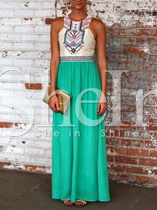 robe brodée tribal -vert 28.12