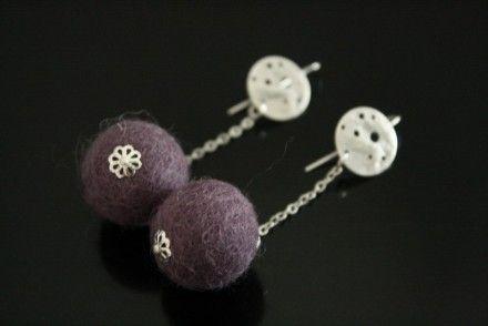 Boucles d'oreilles en laine feutrée