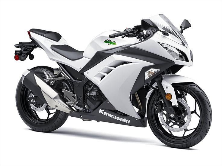 Kawasaki-Ninja-300-vs-250-05