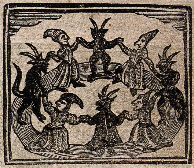 (Xilografía de 1720 que muestra a un grupo de brujas danzando en el Sabbath con los demonios. Imagen de Monster Brains)