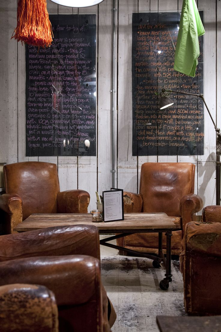 1000 ideas about brown leather chairs on pinterest for Big comfy leather chair
