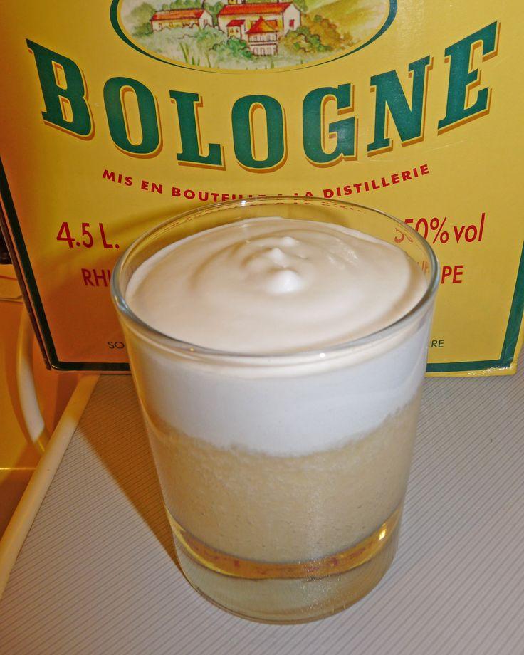 Crème de piña et chantilly colada / Piña colada smoothie (and coconut wipped cream)