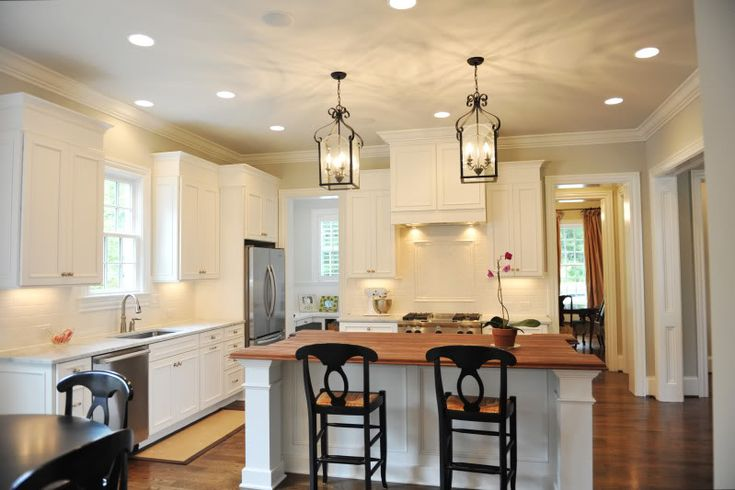 Staggered Height Cabinets Kitchen Kitchen Lighting