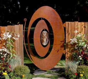 Oval Windcatcher Gate by Phil Beck Metal Art: Windcatch Gates, Gardens Gates Fences Doors, Metals Art, Metal Art, Catcher Gates, Doors Gat, Doors Windows Gates Wond, Beck Metals, Gardens Outdoors