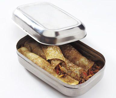 Intressanta crêpes fyllda med tacosmakande köttfärs, gul lök, morötter och paprika. Servera dina tacocrêpes tillsammans med en god sallad och bröd. Detta kommer bli en favorit för hela familjen.